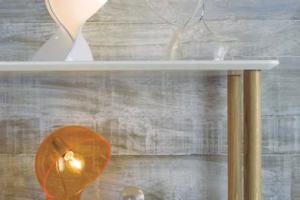 Lámpara Sobremesa Butan. Lámpara Transparente Sobremesa Muebles Díaz
