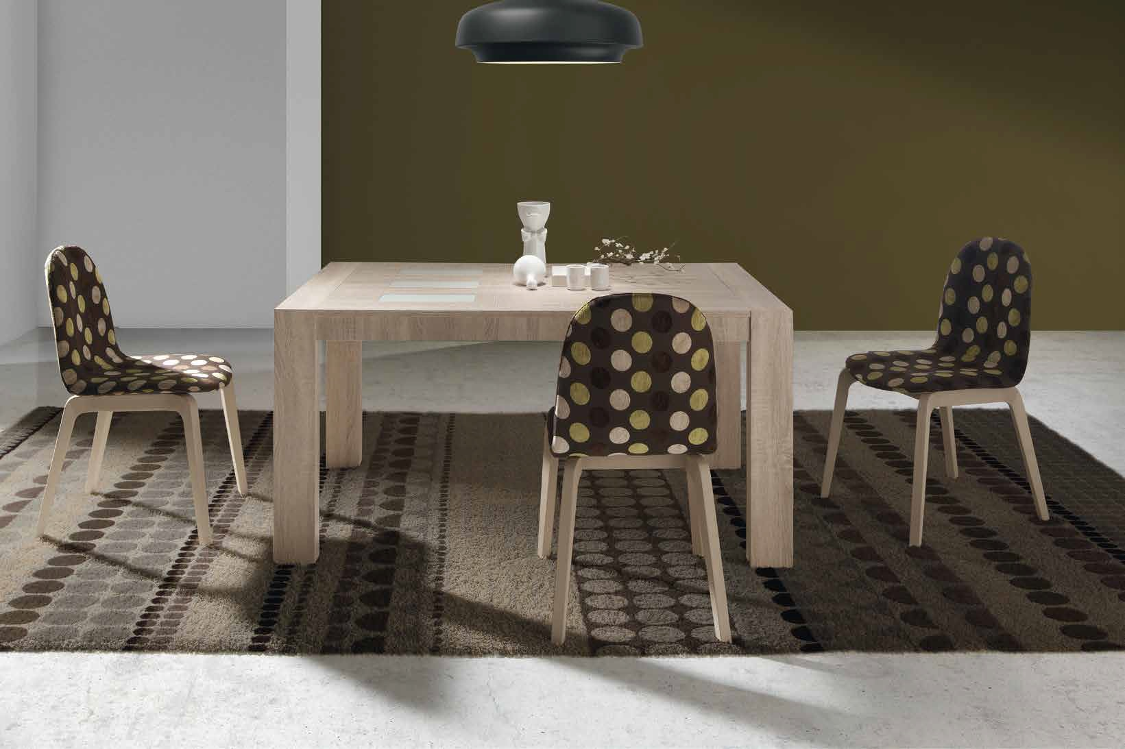 Conjunto Mesa y Sillas Kiero H Conjunto mesa con cristales y 4 sillas. Muebles Díaz