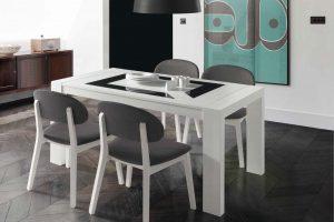 Conjunto Mesa y Sillas Kiero K Conjunto mesa con cristales y 4 sillas. Muebles Díaz